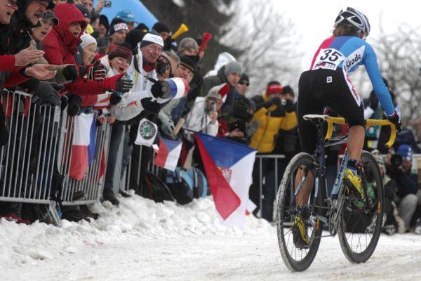 Mistrovství světa v cyklokrosu, Tábor 2010 - ženy: fanoušci hnali české reprezentanty dopředu