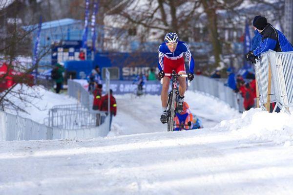 Mistrovství světa v cyklokrosu - Tábor 30.1. 2010 - Emilien Viennet rozjel závod juniorů