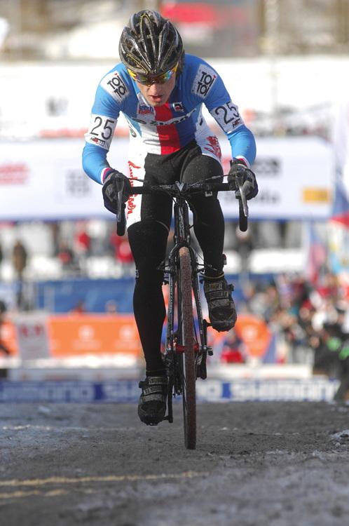 Mistrovství světa v cyklokrosu, Tábor 2010 - junioři & U23: Tomáš Paprstka útočí