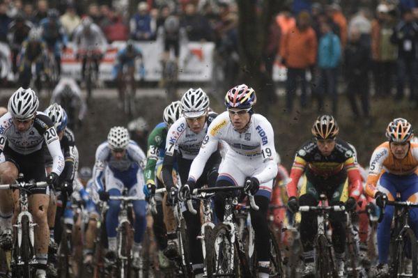 Světový pohár v cyklokrosu #9, Hoogerheide 2010: Zdeněk Štybar v bílém dresu lídra Světového poháru