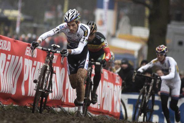 Světový pohár v cyklokrosu #9, Hoogerheide 2010: Klasická vedoucí trojice Albert, Nijs, Štybar