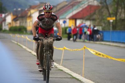 Author Šela Marathon - Lipník nad Bečvou, pár kilometrů do cíle a Tomáš Vokrouhlík v čele