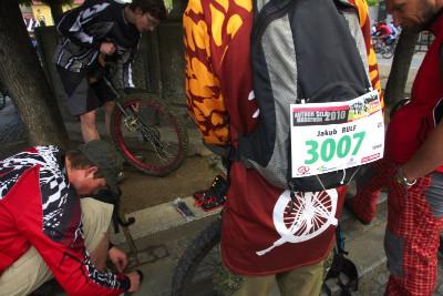 Author Šela Marathon - jednokolkaři si chystají nádobíčko, Jakub Rulf s číslem 3007 zvítězil