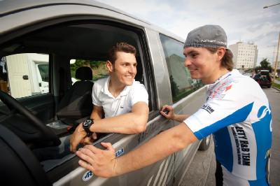dorazili bikeři Jaroslav Kulhavý a Jirka Hudeček