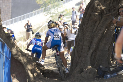 Izraelská bikerka Inbar Ronen měla s tratí problémy