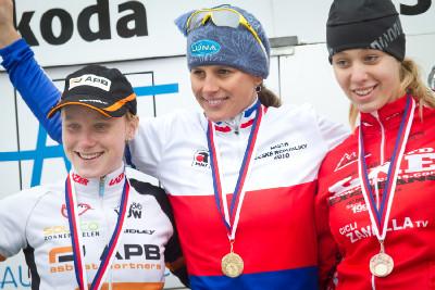 MČR ženy: 1.Nash, 2.Havlíková, 3.Mikulášková