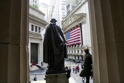 Přísně střežená Wall Street