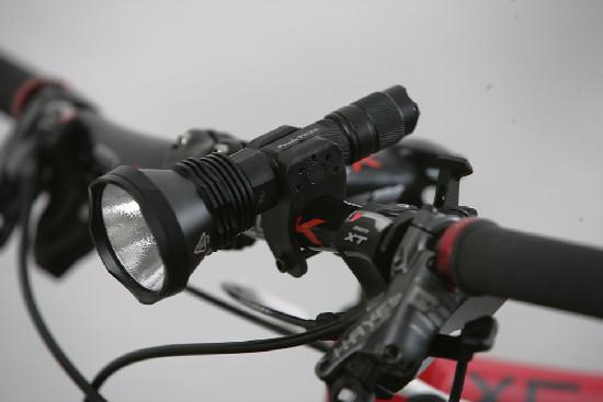 Velký zimní test LED světel