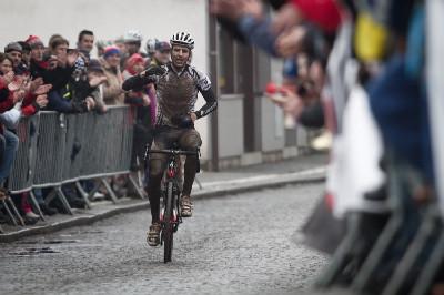 Jaroslav Kulhavý dojíždí na 3. místě