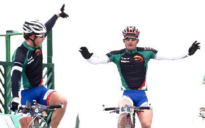 Vítězství Kristiána Hynka a Pavla Boudného