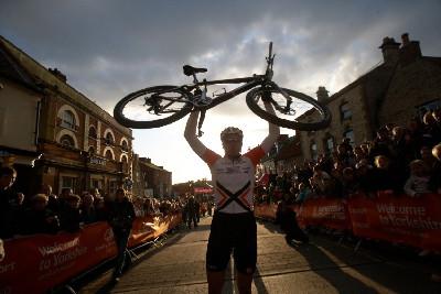 - překvapivý vítěz Paul Van Der Ploeg z Austrálie