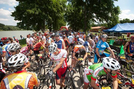 nemalá účast závodníků bikemaratonu