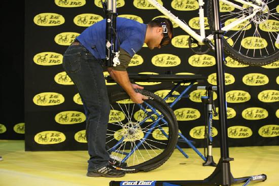 Soutěž mechaniků na Bike Brno