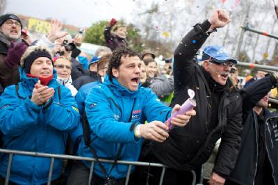 Pauwelsovi fanoušci oslavují triumf