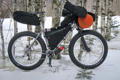 Snowbike v plné polní