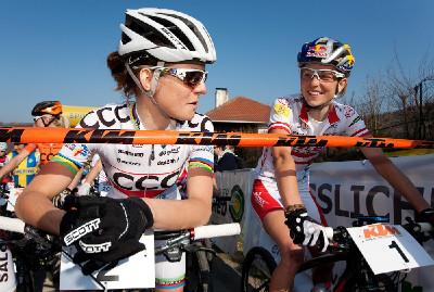 Maja s Lízou před startem