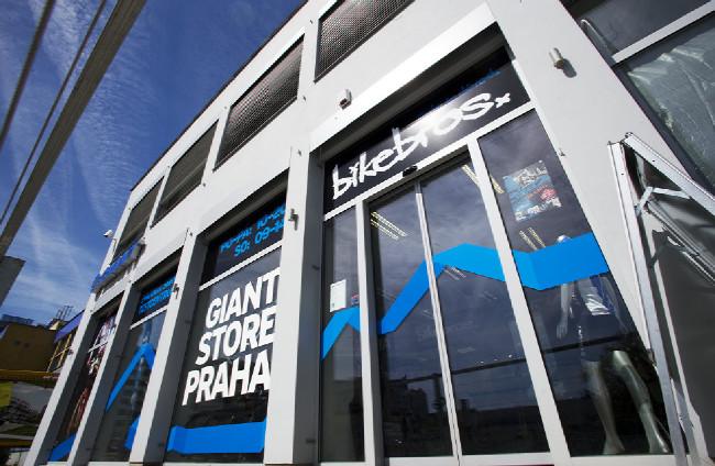 Otvíračka nového Bikebros Giant storu