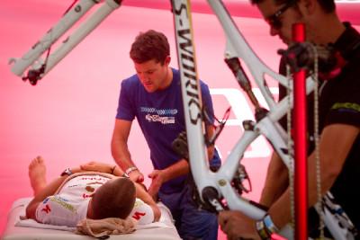 6.etapa - oprava závodníků a biků