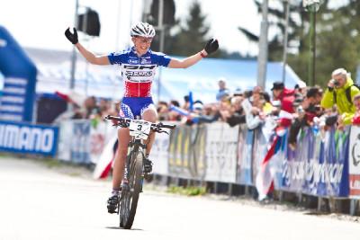 Julie Bresset vítězí