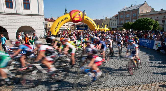 Start v Lipníku nad Bečvou znovu doprovázelo skvělé počasí