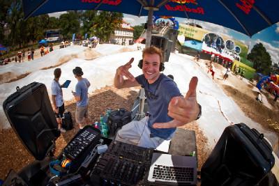 DJ Nzym