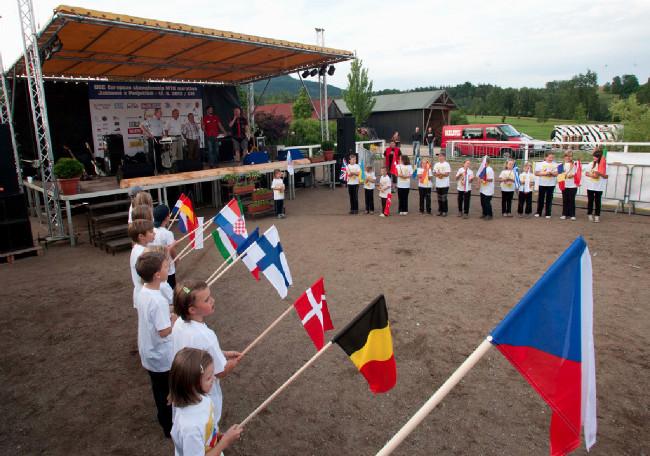 Fotogalerie: zahájení Malevil Cup - ME XCM 2012