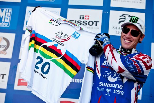Steve Peat dostal od pořadatelů pozornost ke dvacáté účasti na mistrovství světa