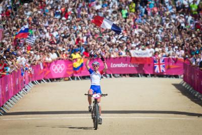 Julie Bresset je olympijskou vítězkou