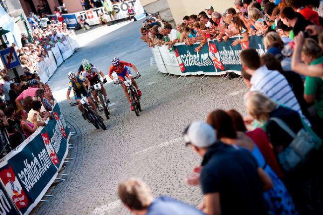 Sprint Eliminator - nastoupila i mistryně světa Anneke Beerten