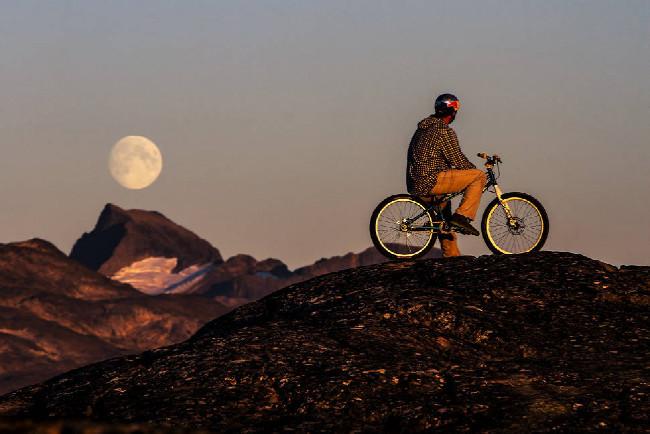 Petr Kraus v Grónsku - chybí tady už jenom ET mimozemšťan
