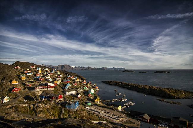 Petr Kraus v Grónsku - takové malé a barevné městečko Sisimiut