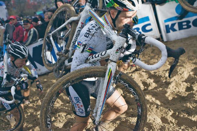 Fotogalerie: Světový pohár v cyklokrosu, Koksijde 2012