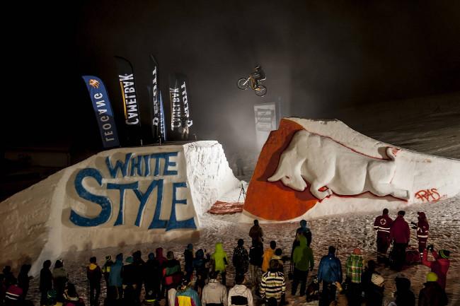 White Style 2013 Grant Fiedler
