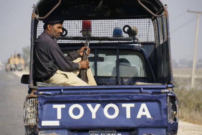 Policejní doprovod je v Pakistanu nutností