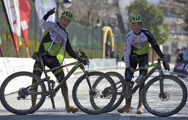 Zkrácenou královskou etapu vyhrál Ondřej Cink a Thomas Litscher