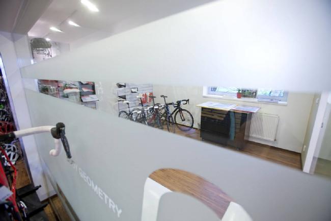Kolokrám Specialized Concept Store 2013
