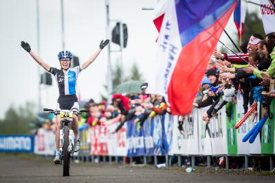 Maja Wloszczowska končí po pádu druhá