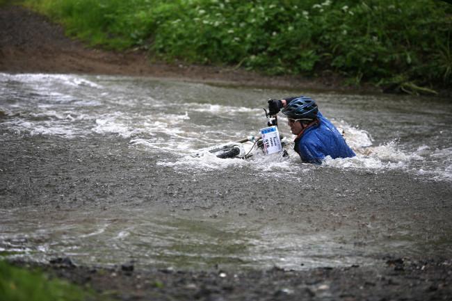 Král Šumavy 2013 zvednout se pokračovat v dešti dál chce někdy velké sebezapření