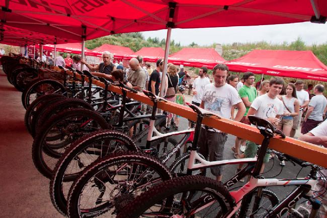 K testování byly k dispozici biky 2013 pro veřejnost