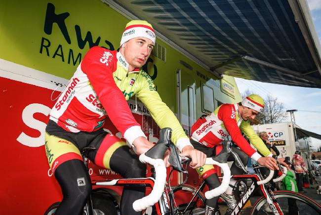 MCŘ v cyklokrosu, Loštice 2014: Tým Kwadro Stannah před závodem