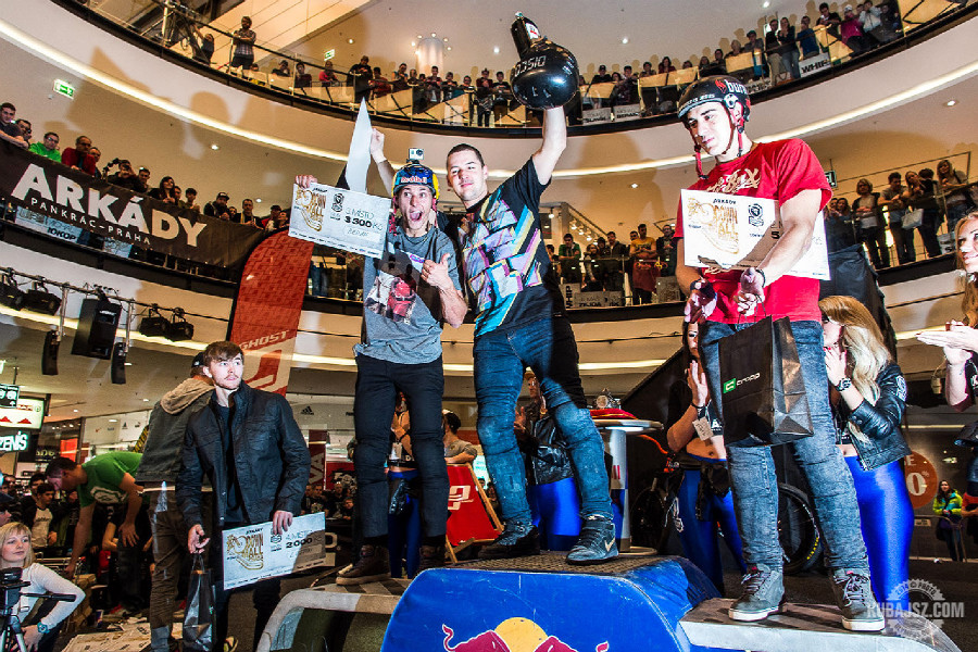 Arkády Downmall 2014 freestyle BMX