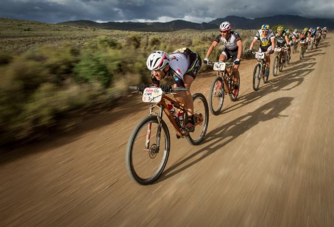 Cape Epic 2014 - Susi rozráží vzduch