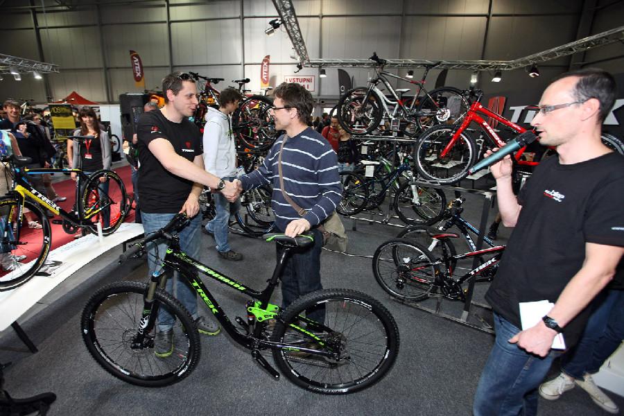 For Bikes 2014 štastný výherce kola Trek Fuel EX