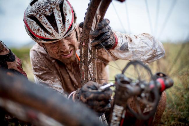 Cape Epic 2014 - Christoph Sauser se potýkal s defetky, Fery neměl ani jeden