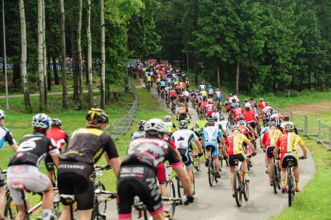 Sobotní ráno patřilo maratonu Birell Bike Vysočina