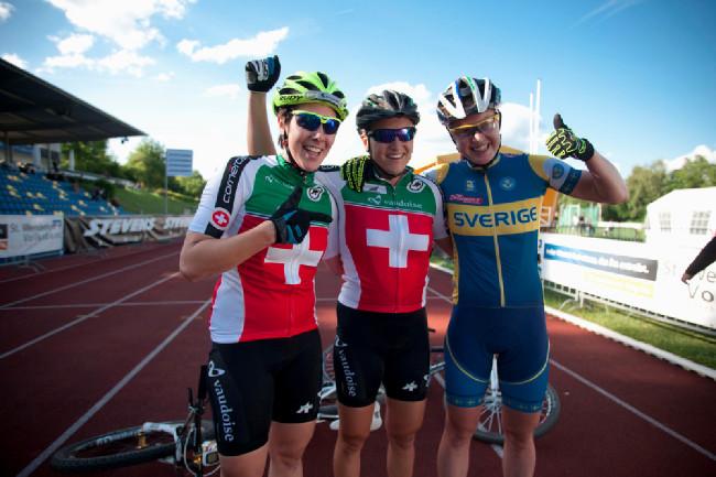 Nejlepší trojice sprinterek: 1. Stirnemann, 2. Indergand 3. Engen