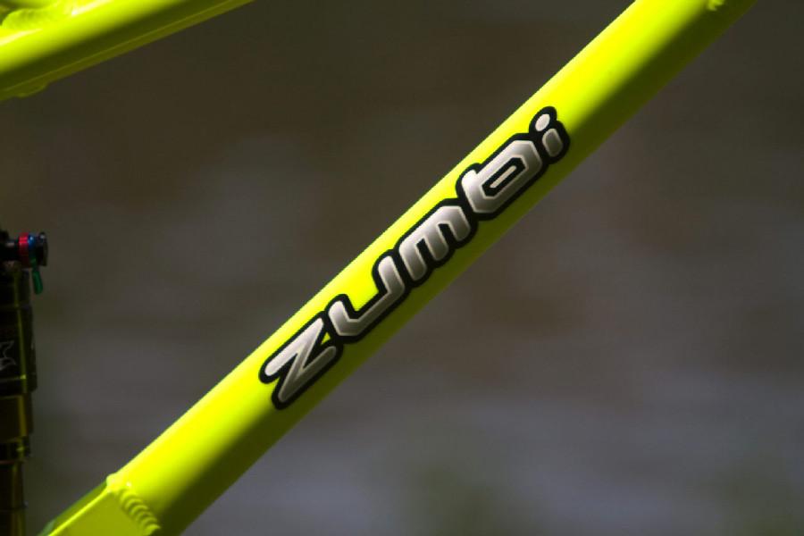 Zumbi F-11