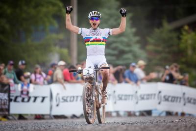 Nino Schuter znovu vítězí