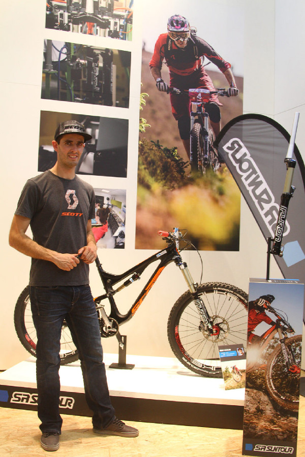 SR Suntour - Eurobike 2014