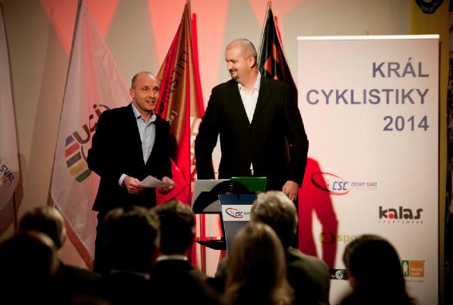 Král cyklistiky 2014 - moderátorské duo Petr Benčík a Tomáš Jílek